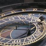 800px-Horloge_astronomique_Prague_detail